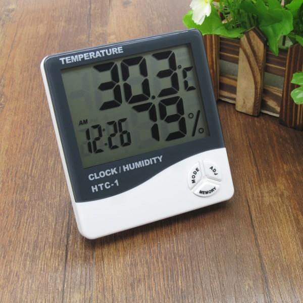 ceas digital temperatura