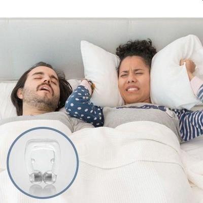 Clips cu magneti anti sforait, din silicon, foarte eficient si confortabil