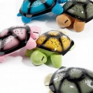 Lampa de veghe pentru copii, broasca testoasa care proiecteaza stele in culori diverse